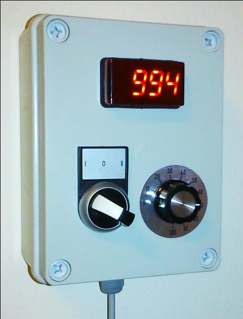 Externé ovládanie meniča EOM-R-10-2-0, so zobrazením otáčok cez ITP11