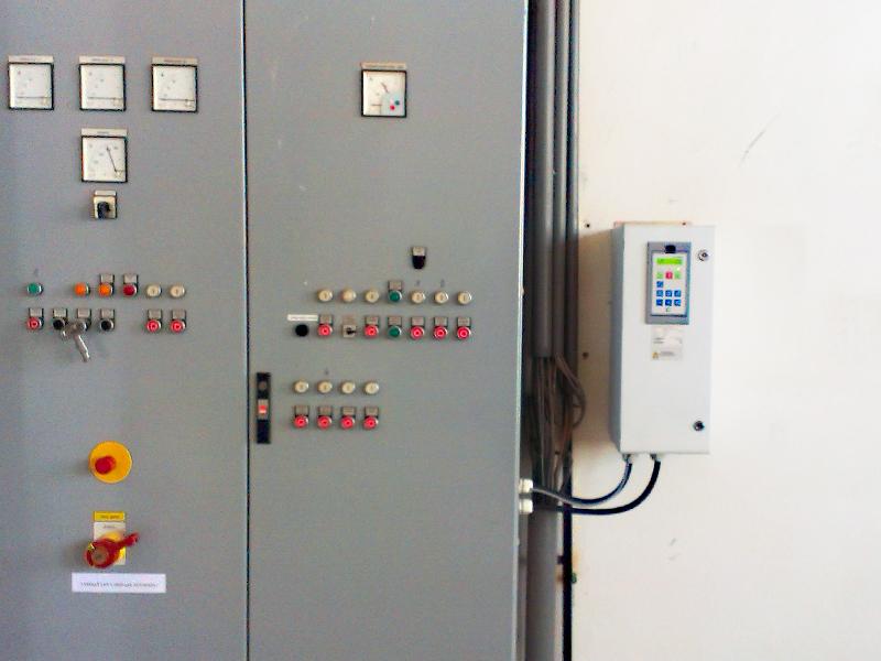 Frekvenčný menič Emotron FDU IP54 pre 22kW motor. Projekt, montáž, oživenie.